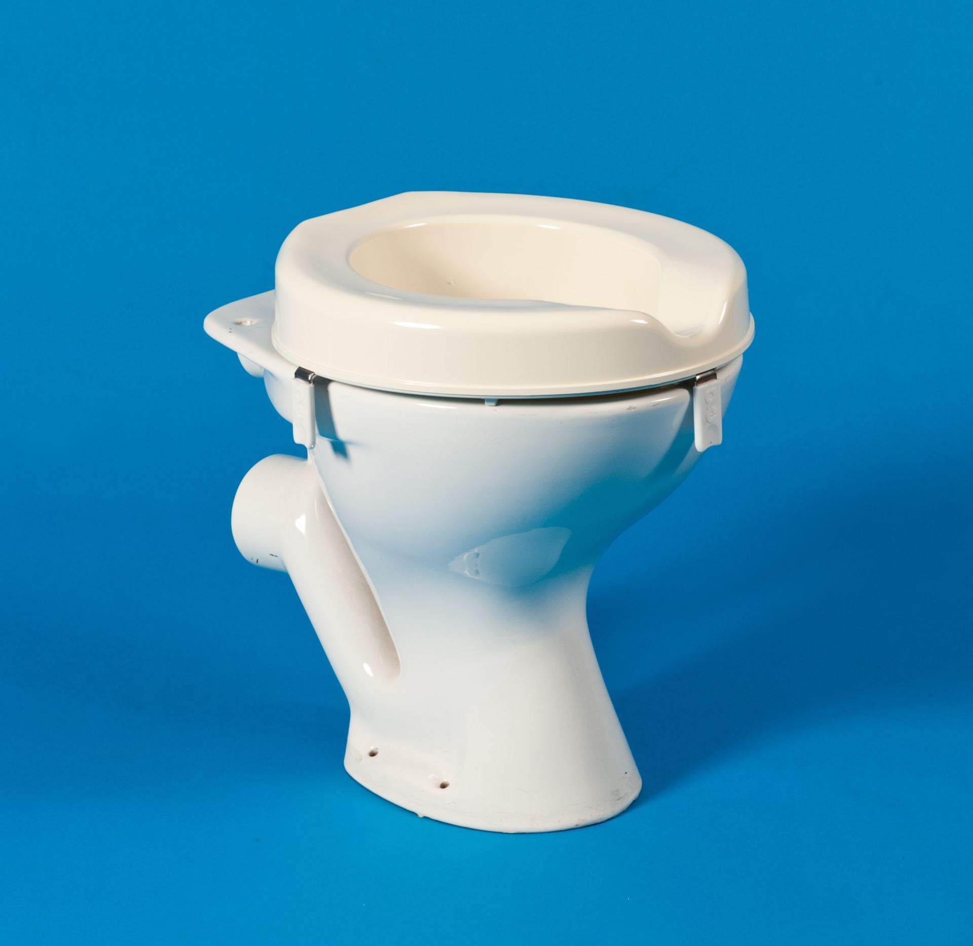 Outstanding Derby Raised Toilet Seat Machost Co Dining Chair Design Ideas Machostcouk